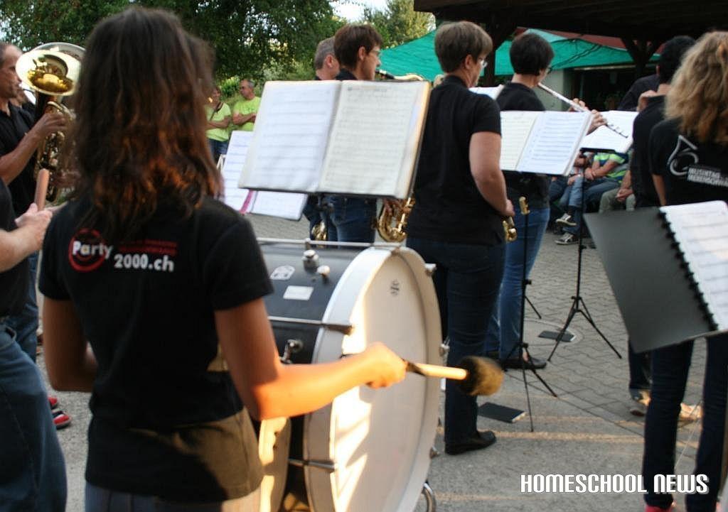Musizieren, Homeschool News, Jan und Bernice Zieba