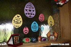 Ostereier-Scherenschnitte, Easter eggs paper cuts