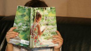 Bernice Zieba, Kinder brauchen keine Schule. Das Handbuch für Homeschooling