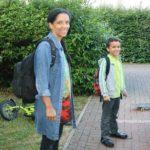 Mit neun Jahren zum ersten Mal zur Schule