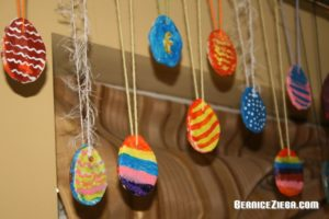 Salzteig-Ostereier / Salt Dough Easter Eggs