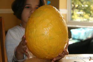 Grosses Osterei basteln / Make Large Easter Egg